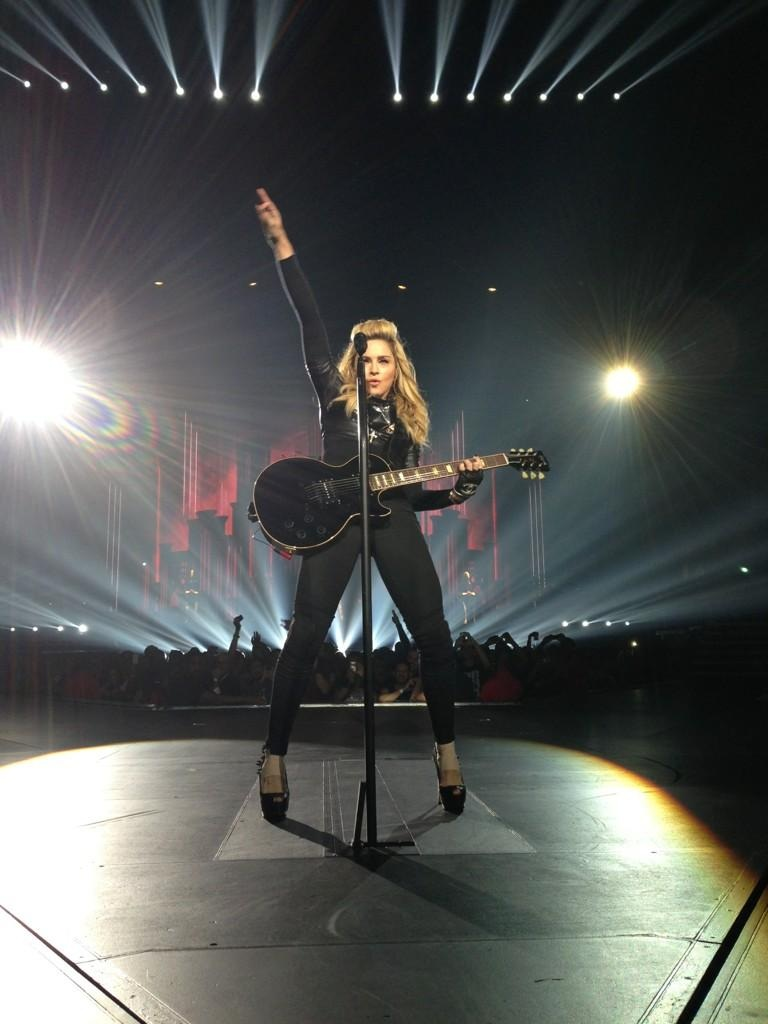 NEWS: MADONNA'S MDNA TOUR BY T...