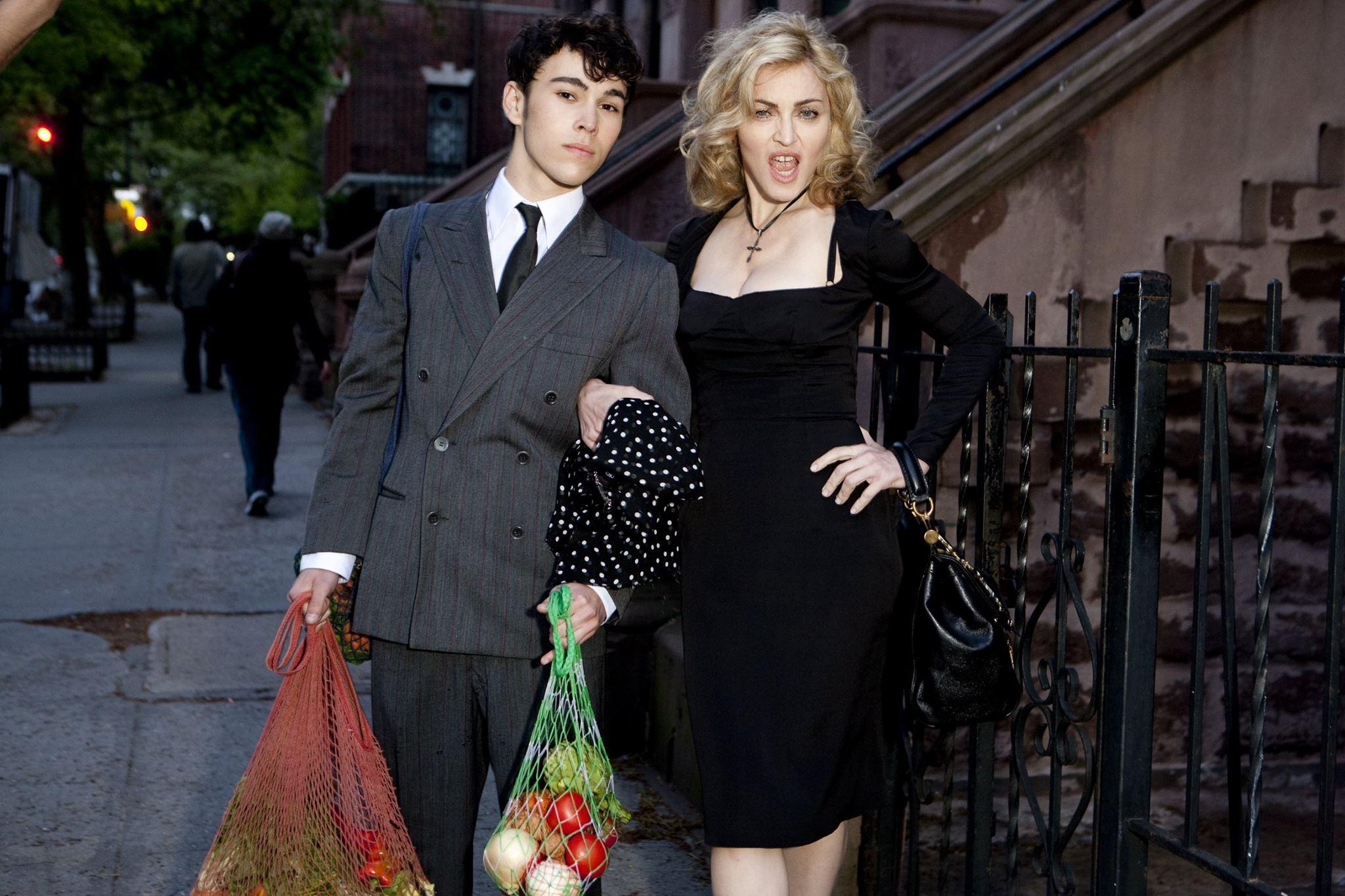 Madonna For Dolce Gabbana Madonna For Dolce Gabbana new pics