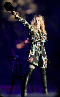 rs_634x1024-150413110140-634-madonna-stars-at-coachella.jw.41315
